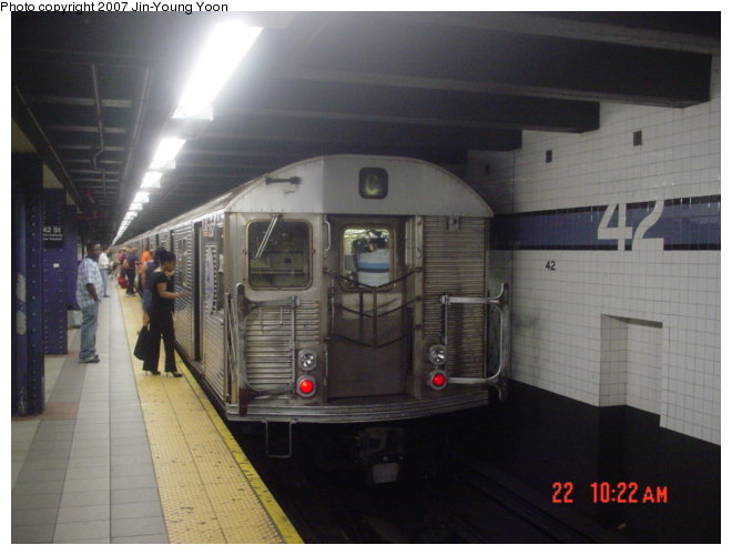 (61k, 660x500)<br><b>Country:</b> United States<br><b>City:</b> New York<br><b>System:</b> New York City Transit<br><b>Line:</b> IND 8th Avenue Line<br><b>Location:</b> 42nd Street/Port Authority Bus Terminal <br><b>Route:</b> C<br><b>Car:</b> R-32 (Budd, 1964)  3357 <br><b>Photo by:</b> Jin-Young Yoon<br><b>Date:</b> 6/22/2007<br><b>Viewed (this week/total):</b> 2 / 2555