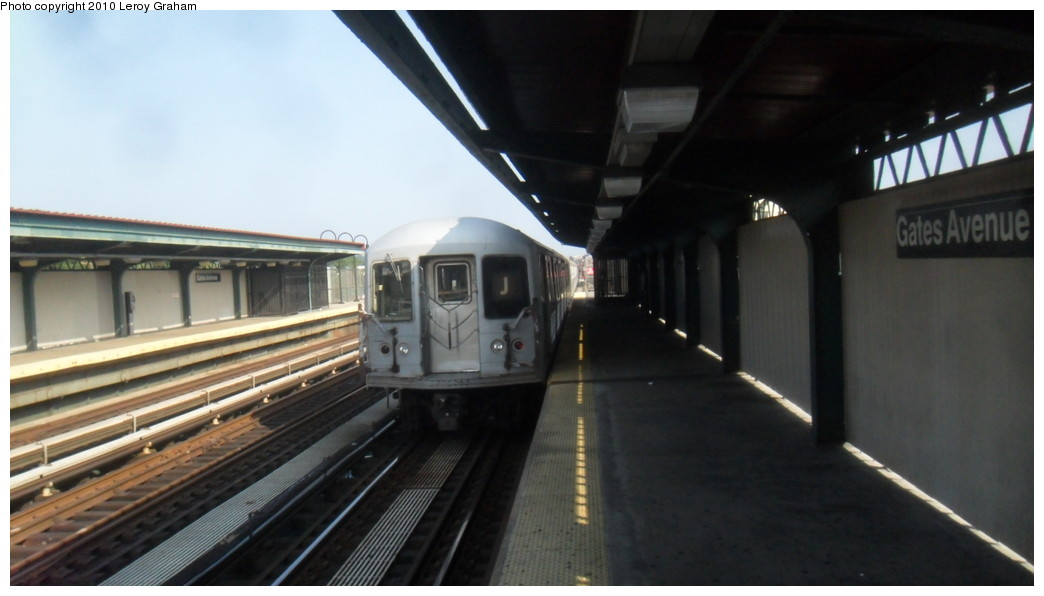 (143k, 1044x596)<br><b>Country:</b> United States<br><b>City:</b> New York<br><b>System:</b> New York City Transit<br><b>Line:</b> BMT Nassau Street/Jamaica Line<br><b>Location:</b> Gates Avenue <br><b>Route:</b> J<br><b>Car:</b> R-42 (St. Louis, 1969-1970)   <br><b>Photo by:</b> Leroy Graham<br><b>Date:</b> 8/11/2010<br><b>Viewed (this week/total):</b> 3 / 473