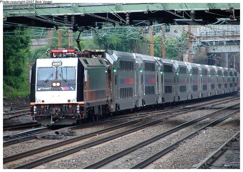 (152k, 820x581)<br><b>Country:</b> United States<br><b>System:</b> Northeast Corridor (NJ) (Amtrak/NJTransit)<br><b>Line:</b> Northeast Corridor<br><b>Location:</b> Trenton <br><b>Car:</b> NJT ALP-46 4600 <br><b>Photo by:</b> Bob Vogel<br><b>Date:</b> 6/25/2007<br><b>Viewed (this week/total):</b> 4 / 2841