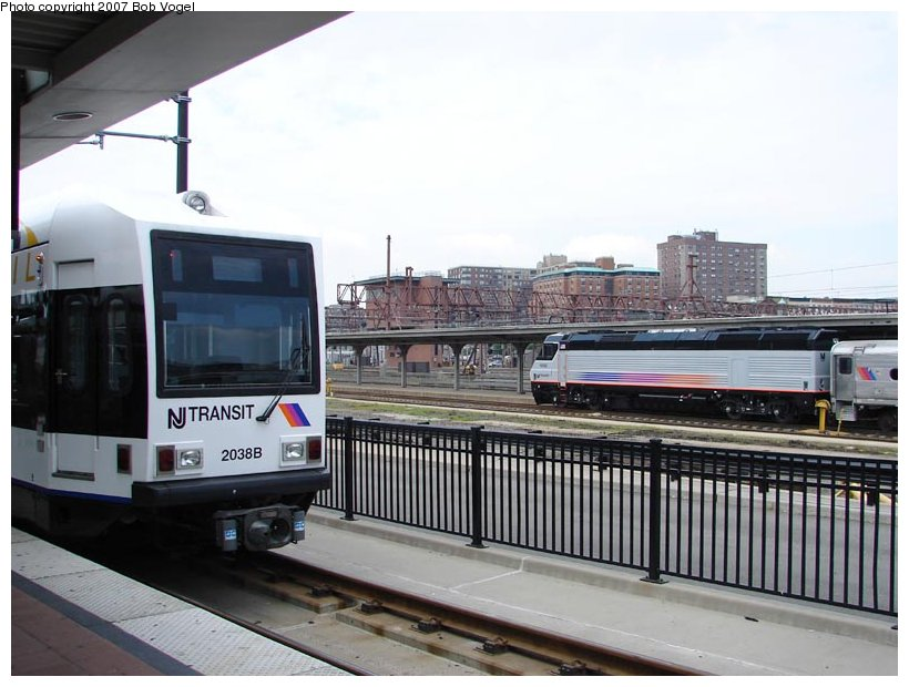 (93k, 820x620)<br><b>Country:</b> United States<br><b>City:</b> Hoboken, NJ<br><b>System:</b> Hudson Bergen Light Rail<br><b>Location:</b> Hoboken <br><b>Car:</b> NJT-HBLR LRV (Kinki-Sharyo, 1998-99)  2038 <br><b>Photo by:</b> Bob Vogel<br><b>Date:</b> 6/25/2007<br><b>Viewed (this week/total):</b> 0 / 596