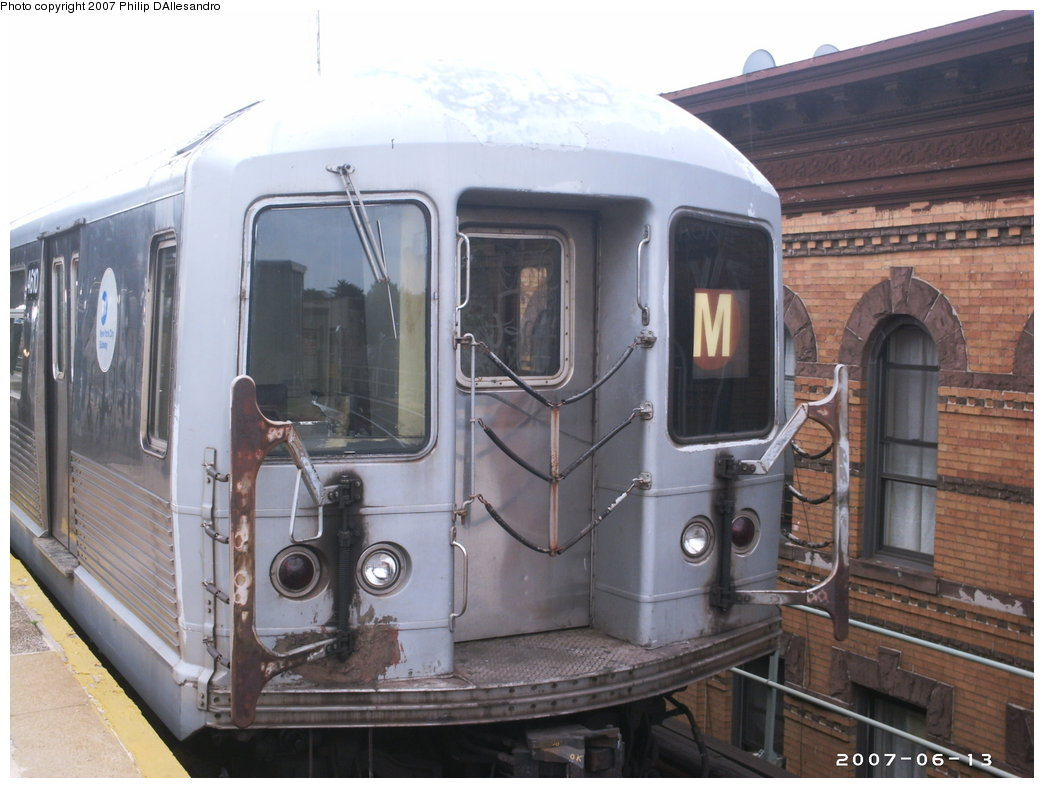 (160k, 1044x788)<br><b>Country:</b> United States<br><b>City:</b> New York<br><b>System:</b> New York City Transit<br><b>Line:</b> BMT Myrtle Avenue Line<br><b>Location:</b> Seneca Avenue <br><b>Route:</b> M<br><b>Car:</b> R-42 (St. Louis, 1969-1970)  4610 <br><b>Photo by:</b> Philip D'Allesandro<br><b>Date:</b> 6/13/2007<br><b>Viewed (this week/total):</b> 0 / 1988