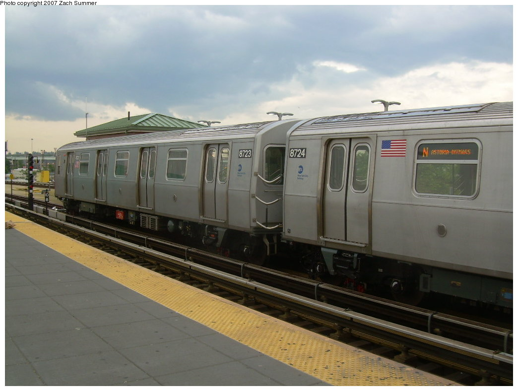 (171k, 1044x788)<br><b>Country:</b> United States<br><b>City:</b> New York<br><b>System:</b> New York City Transit<br><b>Location:</b> Coney Island/Stillwell Avenue<br><b>Route:</b> N<br><b>Car:</b> R-160B (Kawasaki, 2005-2008)  8723 <br><b>Photo by:</b> Zach Summer<br><b>Date:</b> 6/12/2007<br><b>Viewed (this week/total):</b> 1 / 1587