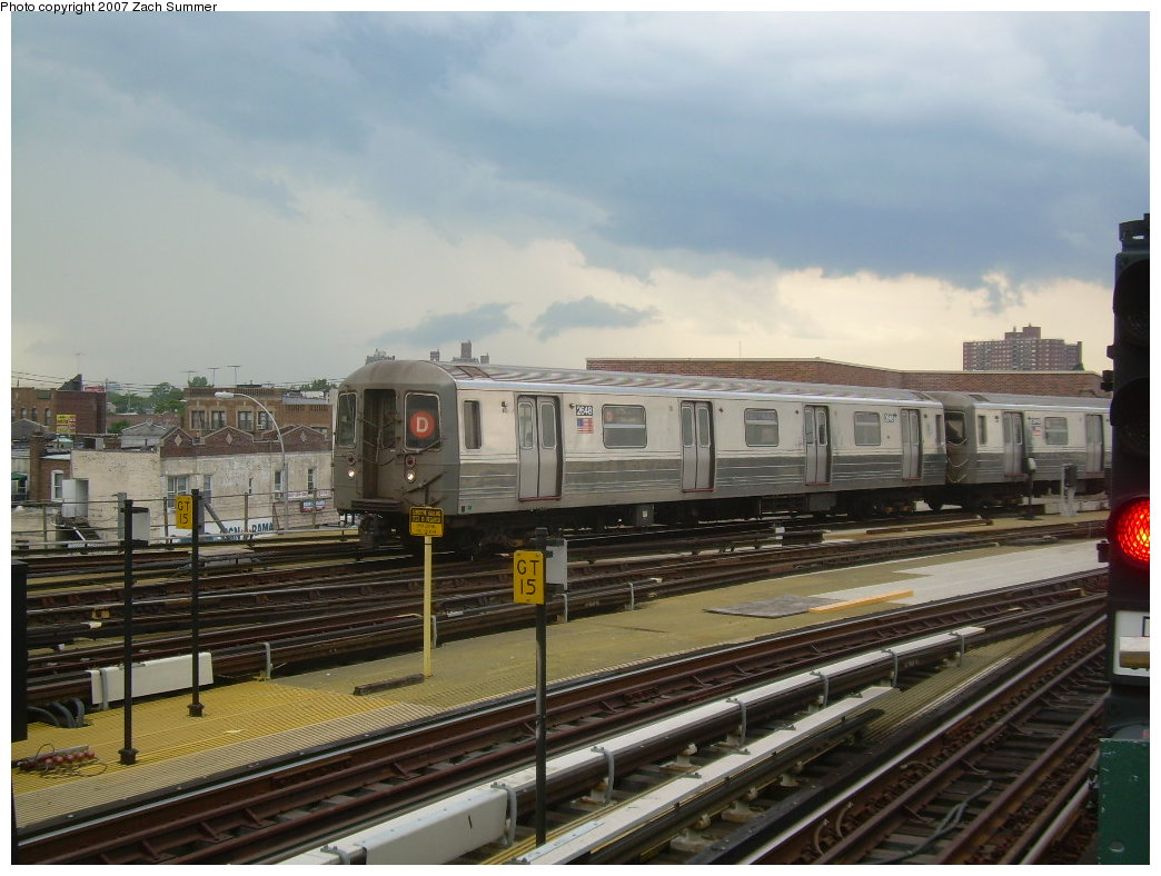 (193k, 1044x788)<br><b>Country:</b> United States<br><b>City:</b> New York<br><b>System:</b> New York City Transit<br><b>Location:</b> Coney Island/Stillwell Avenue<br><b>Route:</b> D<br><b>Car:</b> R-68 (Westinghouse-Amrail, 1986-1988)  2648 <br><b>Photo by:</b> Zach Summer<br><b>Date:</b> 6/12/2007<br><b>Viewed (this week/total):</b> 4 / 1644