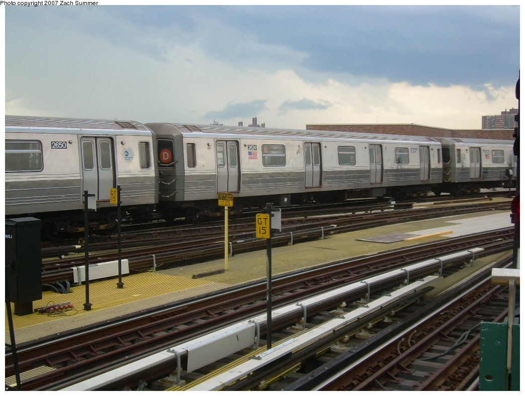 (205k, 1044x788)<br><b>Country:</b> United States<br><b>City:</b> New York<br><b>System:</b> New York City Transit<br><b>Location:</b> Coney Island/Stillwell Avenue<br><b>Route:</b> D<br><b>Car:</b> R-68 (Westinghouse-Amrail, 1986-1988)  2624 <br><b>Photo by:</b> Zach Summer<br><b>Date:</b> 6/12/2007<br><b>Viewed (this week/total):</b> 2 / 1476
