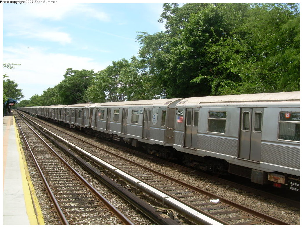 (290k, 1044x788)<br><b>Country:</b> United States<br><b>City:</b> New York<br><b>System:</b> New York City Transit<br><b>Line:</b> BMT Brighton Line<br><b>Location:</b> Neck Road <br><b>Car:</b> R-40 (St. Louis, 1968)  4432/4423 <br><b>Photo by:</b> Zach Summer<br><b>Date:</b> 6/24/2007<br><b>Notes:</b> Weekend layup.<br><b>Viewed (this week/total):</b> 1 / 2175