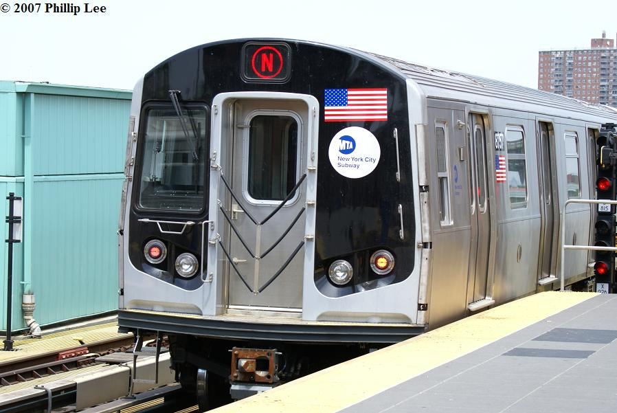 (116k, 898x601)<br><b>Country:</b> United States<br><b>City:</b> New York<br><b>System:</b> New York City Transit<br><b>Location:</b> Coney Island/Stillwell Avenue<br><b>Route:</b> N<br><b>Car:</b> R-160B (Kawasaki, 2005-2008)  8757 <br><b>Photo by:</b> Phillip Lee<br><b>Date:</b> 6/7/2007<br><b>Viewed (this week/total):</b> 2 / 1828