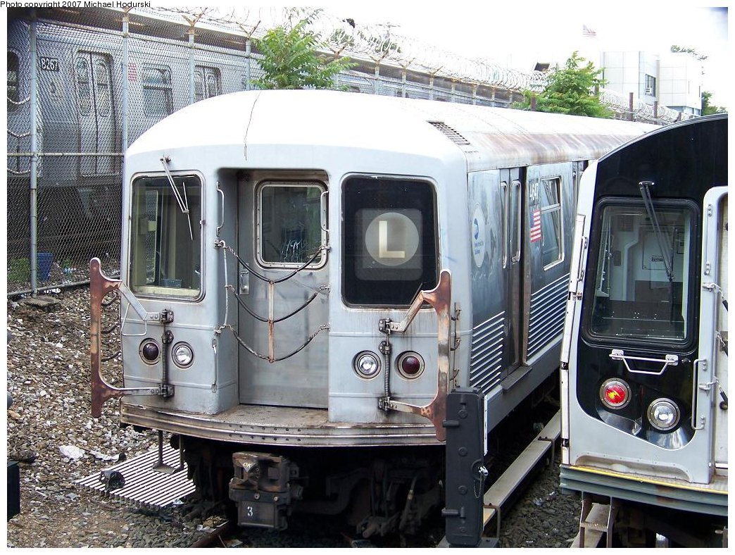 (262k, 1044x788)<br><b>Country:</b> United States<br><b>City:</b> New York<br><b>System:</b> New York City Transit<br><b>Location:</b> Rockaway Parkway (Canarsie) Yard<br><b>Car:</b> R-42 (St. Louis, 1969-1970)  4647 <br><b>Photo by:</b> Michael Hodurski<br><b>Date:</b> 6/22/2007<br><b>Viewed (this week/total):</b> 8 / 2124