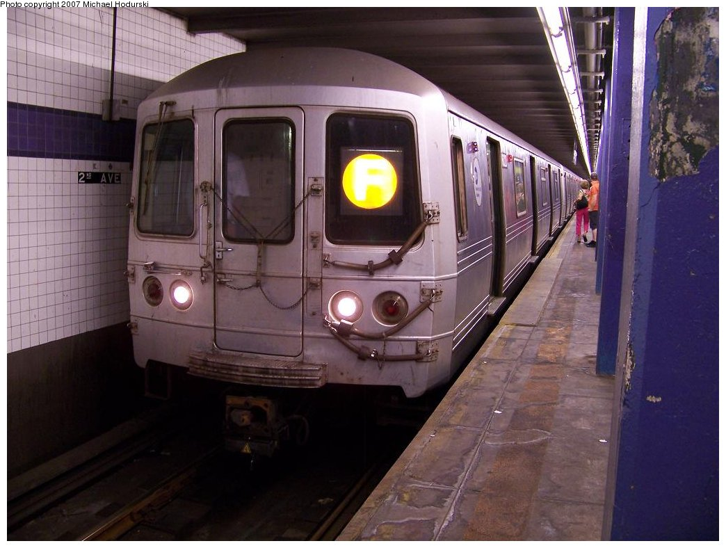 (165k, 1044x788)<br><b>Country:</b> United States<br><b>City:</b> New York<br><b>System:</b> New York City Transit<br><b>Line:</b> IND 6th Avenue Line<br><b>Location:</b> 2nd Avenue <br><b>Route:</b> F<br><b>Car:</b> R-46 (Pullman-Standard, 1974-75) 6120 <br><b>Photo by:</b> Michael Hodurski<br><b>Date:</b> 6/23/2007<br><b>Viewed (this week/total):</b> 1 / 1609