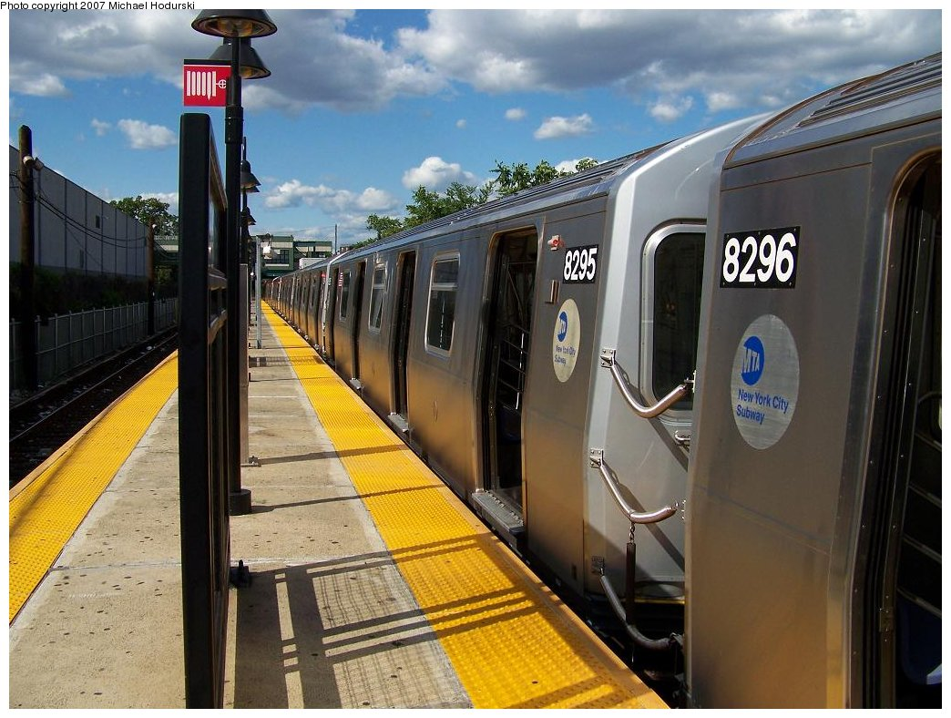 (191k, 1044x788)<br><b>Country:</b> United States<br><b>City:</b> New York<br><b>System:</b> New York City Transit<br><b>Line:</b> BMT Canarsie Line<br><b>Location:</b> East 105th Street <br><b>Route:</b> L<br><b>Car:</b> R-143 (Kawasaki, 2001-2002) 8295 <br><b>Photo by:</b> Michael Hodurski<br><b>Date:</b> 6/22/2007<br><b>Viewed (this week/total):</b> 0 / 2720
