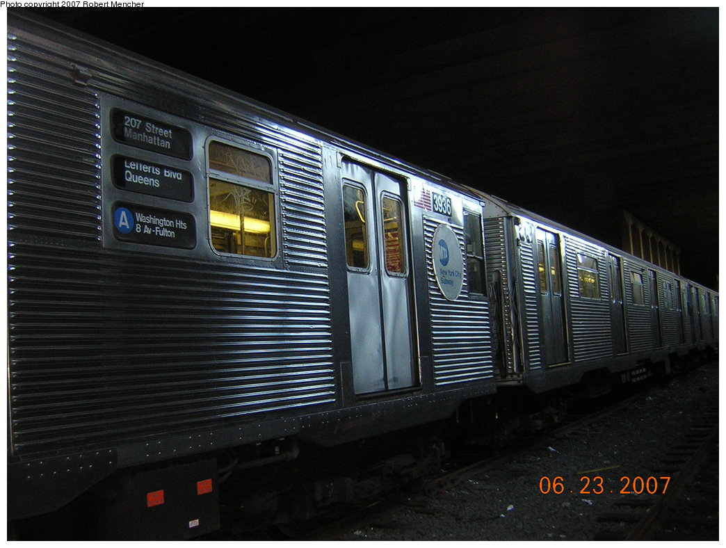 (199k, 1044x788)<br><b>Country:</b> United States<br><b>City:</b> New York<br><b>System:</b> New York City Transit<br><b>Location:</b> Pitkin Yard/Shops<br><b>Car:</b> R-32 (GE Rebuild) 3936 <br><b>Photo by:</b> Robert Mencher<br><b>Date:</b> 6/23/2007<br><b>Viewed (this week/total):</b> 2 / 2300