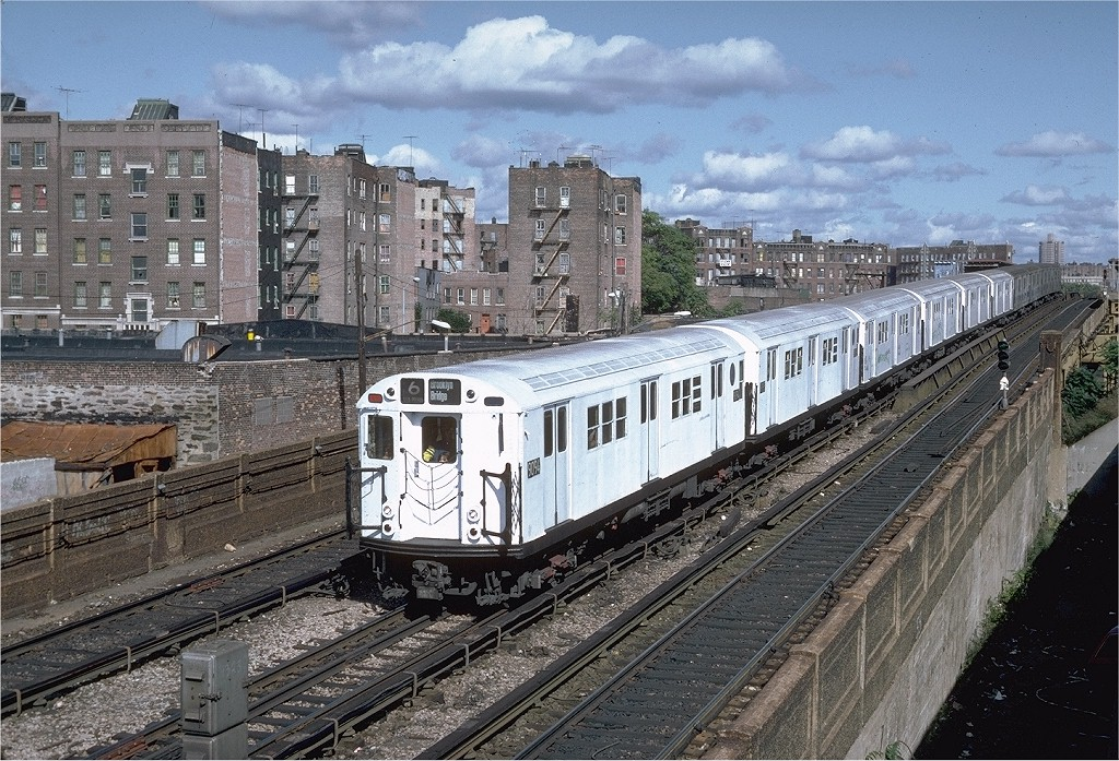 (282k, 1024x697)<br><b>Country:</b> United States<br><b>City:</b> New York<br><b>System:</b> New York City Transit<br><b>Line:</b> IRT Pelham Line<br><b>Location:</b> Whitlock Avenue <br><b>Route:</b> 6<br><b>Car:</b> R-33 Main Line (St. Louis, 1962-63) 9094 <br><b>Photo by:</b> Steve Zabel<br><b>Collection of:</b> Joe Testagrose<br><b>Date:</b> 10/16/1982<br><b>Viewed (this week/total):</b> 3 / 1755