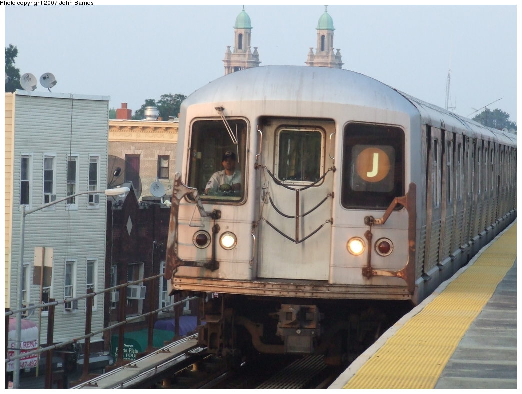 (156k, 1044x788)<br><b>Country:</b> United States<br><b>City:</b> New York<br><b>System:</b> New York City Transit<br><b>Line:</b> BMT Nassau Street/Jamaica Line<br><b>Location:</b> Norwood Avenue <br><b>Route:</b> J<br><b>Car:</b> R-42 (St. Louis, 1969-1970)   <br><b>Photo by:</b> John Barnes<br><b>Date:</b> 6/26/2007<br><b>Viewed (this week/total):</b> 3 / 1769