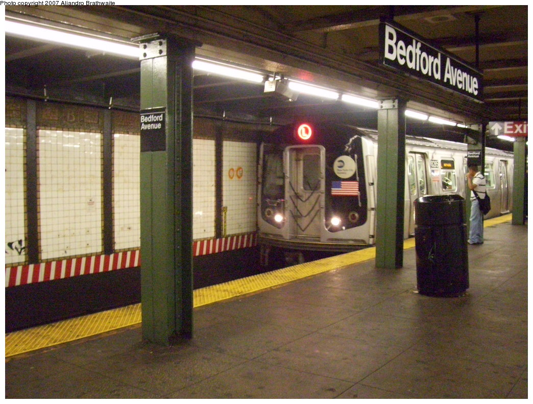 (214k, 1044x791)<br><b>Country:</b> United States<br><b>City:</b> New York<br><b>System:</b> New York City Transit<br><b>Line:</b> BMT Canarsie Line<br><b>Location:</b> Bedford Avenue <br><b>Route:</b> L<br><b>Car:</b> R-143 (Kawasaki, 2001-2002) 8285 <br><b>Photo by:</b> Aliandro Brathwaite<br><b>Date:</b> 6/27/2007<br><b>Viewed (this week/total):</b> 1 / 3710