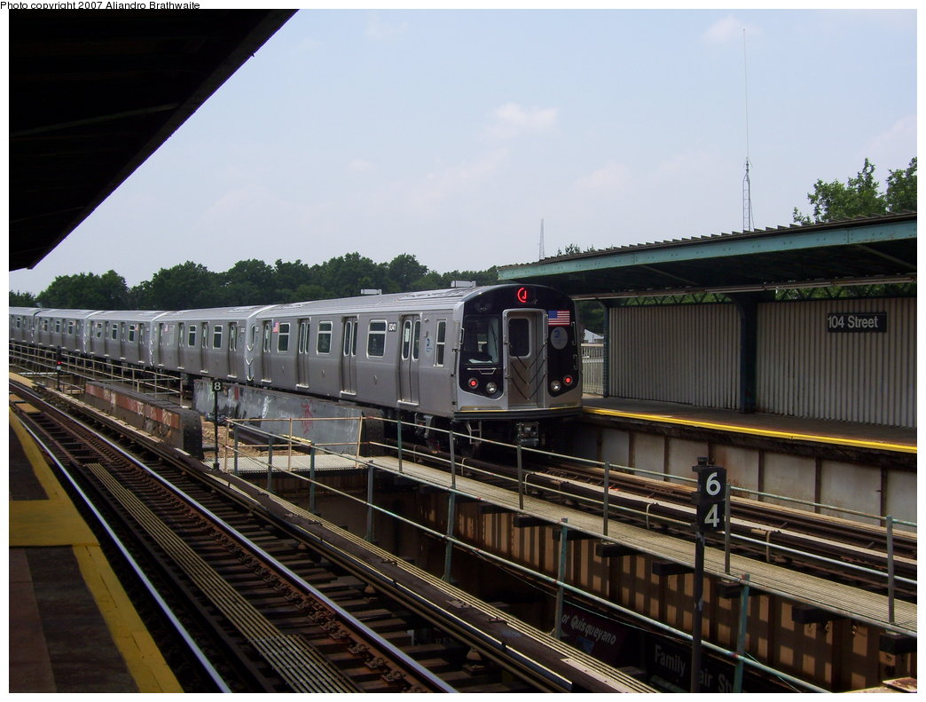 (183k, 1044x791)<br><b>Country:</b> United States<br><b>City:</b> New York<br><b>System:</b> New York City Transit<br><b>Line:</b> BMT Nassau Street/Jamaica Line<br><b>Location:</b> 102nd-104th Streets <br><b>Route:</b> J<br><b>Car:</b> R-160A-1 (Alstom, 2005-2008, 4 car sets)  8341 <br><b>Photo by:</b> Aliandro Brathwaite<br><b>Date:</b> 6/28/2007<br><b>Viewed (this week/total):</b> 2 / 3626
