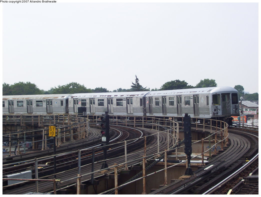 (163k, 1044x791)<br><b>Country:</b> United States<br><b>City:</b> New York<br><b>System:</b> New York City Transit<br><b>Line:</b> BMT Nassau Street/Jamaica Line<br><b>Location:</b> Cypress Hills <br><b>Route:</b> J<br><b>Car:</b> R-42 (St. Louis, 1969-1970)  4810 <br><b>Photo by:</b> Aliandro Brathwaite<br><b>Date:</b> 6/28/2007<br><b>Viewed (this week/total):</b> 0 / 1462