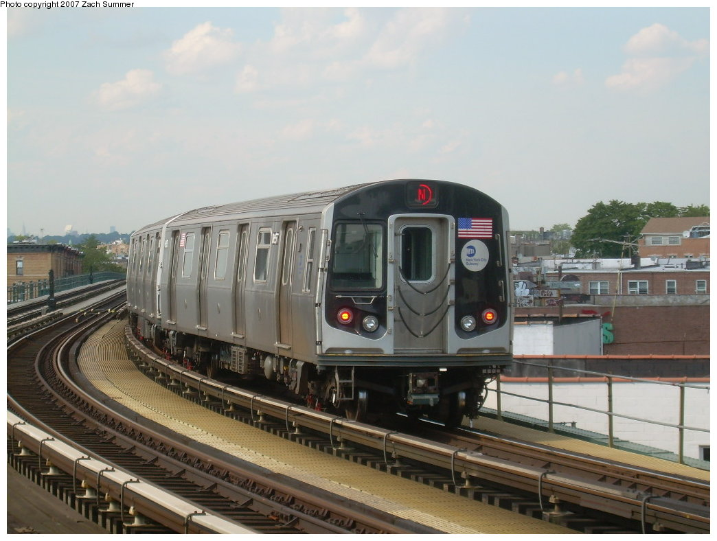 (189k, 1044x788)<br><b>Country:</b> United States<br><b>City:</b> New York<br><b>System:</b> New York City Transit<br><b>Line:</b> BMT West End Line<br><b>Location:</b> 18th Avenue <br><b>Route:</b> N<br><b>Car:</b> R-160A-2 (Alstom, 2005-2008, 5 car sets)  8656 <br><b>Photo by:</b> Zach Summer<br><b>Date:</b> 7/7/2007<br><b>Notes:</b> N reroute over West End.<br><b>Viewed (this week/total):</b> 0 / 1687