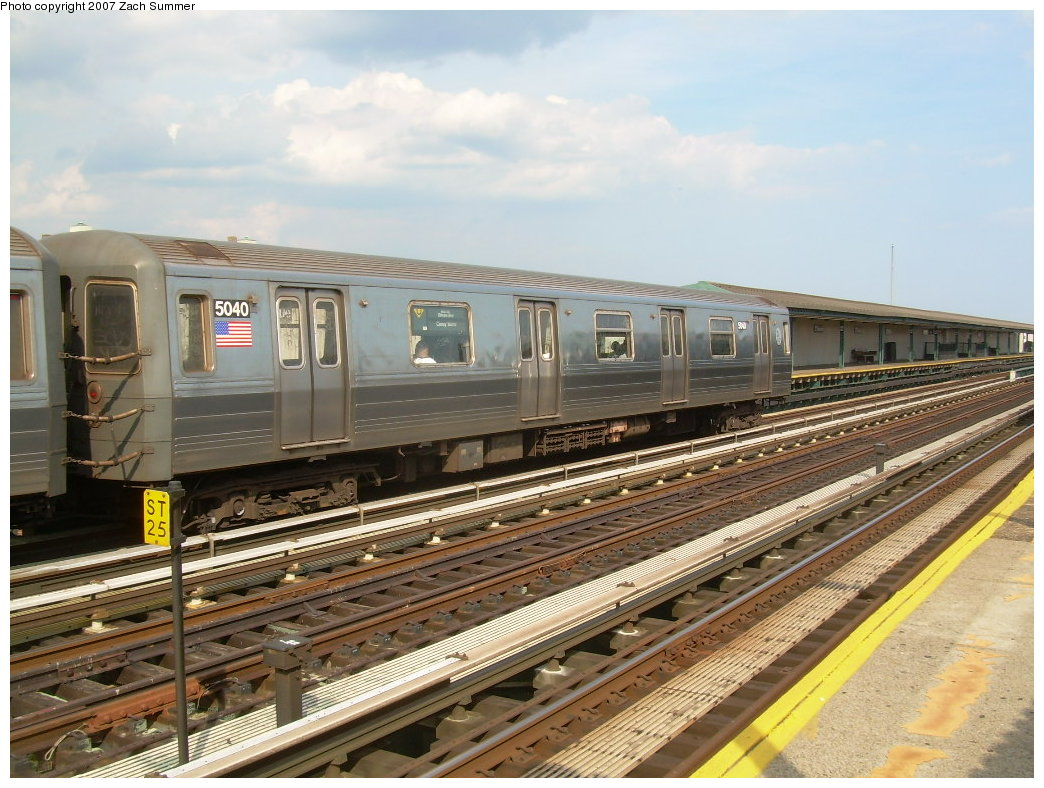 (227k, 1044x788)<br><b>Country:</b> United States<br><b>City:</b> New York<br><b>System:</b> New York City Transit<br><b>Line:</b> BMT West End Line<br><b>Location:</b> 20th Avenue <br><b>Route:</b> N<br><b>Car:</b> R-68A (Kawasaki, 1988-1989)  5040 <br><b>Photo by:</b> Zach Summer<br><b>Date:</b> 7/7/2007<br><b>Notes:</b> N reroute over West End.<br><b>Viewed (this week/total):</b> 2 / 1427