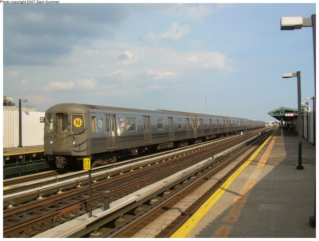 (194k, 1044x788)<br><b>Country:</b> United States<br><b>City:</b> New York<br><b>System:</b> New York City Transit<br><b>Line:</b> BMT West End Line<br><b>Location:</b> 20th Avenue <br><b>Route:</b> N<br><b>Car:</b> R-68A (Kawasaki, 1988-1989)  5070 <br><b>Photo by:</b> Zach Summer<br><b>Date:</b> 7/7/2007<br><b>Notes:</b> N reroute over West End.<br><b>Viewed (this week/total):</b> 0 / 1309