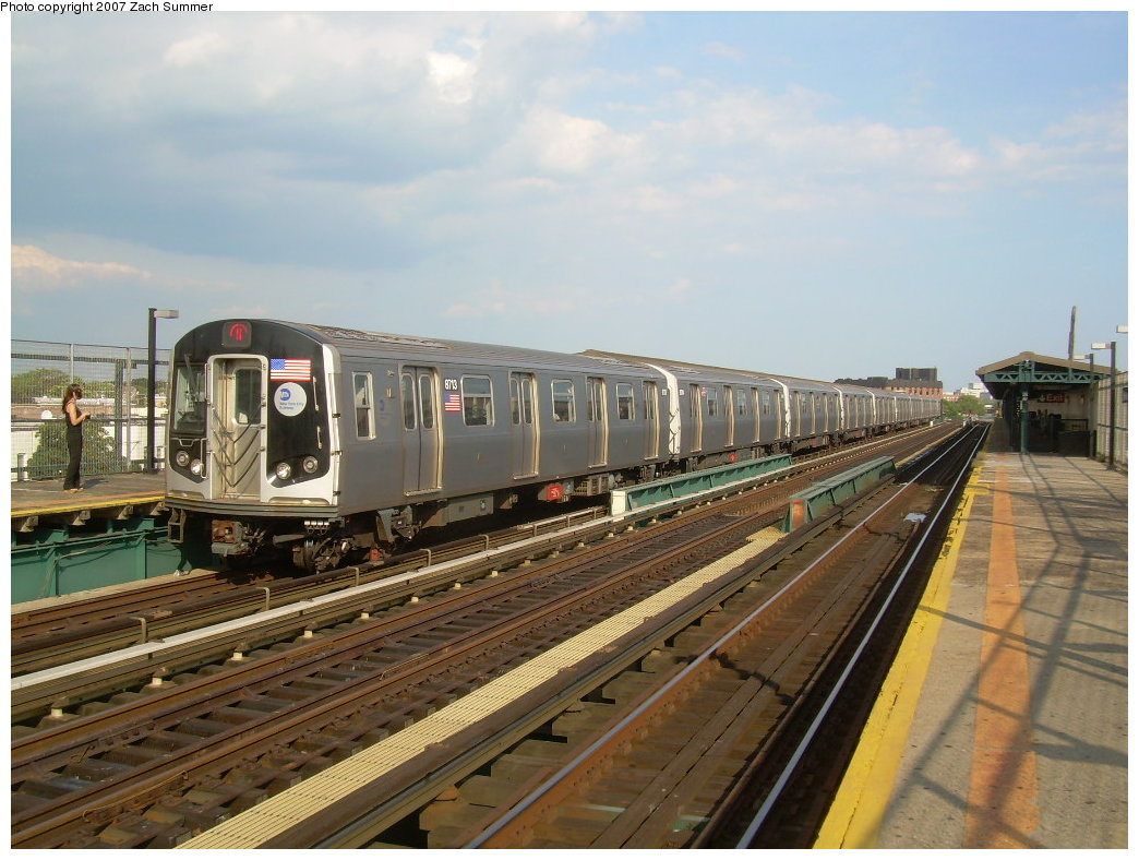 (208k, 1044x788)<br><b>Country:</b> United States<br><b>City:</b> New York<br><b>System:</b> New York City Transit<br><b>Line:</b> BMT West End Line<br><b>Location:</b> 25th Avenue <br><b>Route:</b> N<br><b>Car:</b> R-160B (Kawasaki, 2005-2008)  8713 <br><b>Photo by:</b> Zach Summer<br><b>Date:</b> 7/7/2007<br><b>Notes:</b> N reroute over West End.<br><b>Viewed (this week/total):</b> 4 / 1675