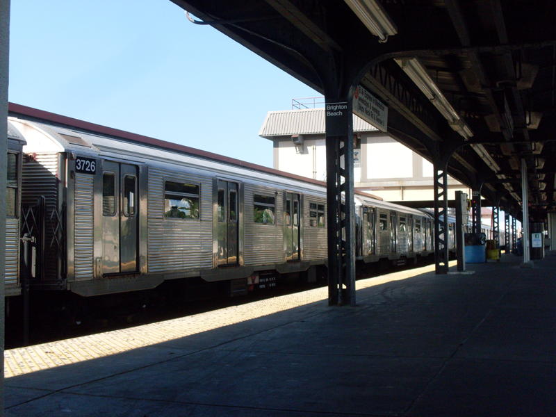 (64k, 800x600)<br><b>Country:</b> United States<br><b>City:</b> New York<br><b>System:</b> New York City Transit<br><b>Line:</b> BMT Brighton Line<br><b>Location:</b> Brighton Beach <br><b>Route:</b> B<br><b>Car:</b> R-32 (Budd, 1964)  3726 <br><b>Photo by:</b> Anthony Modesto<br><b>Date:</b> 6/25/2010<br><b>Viewed (this week/total):</b> 1 / 889