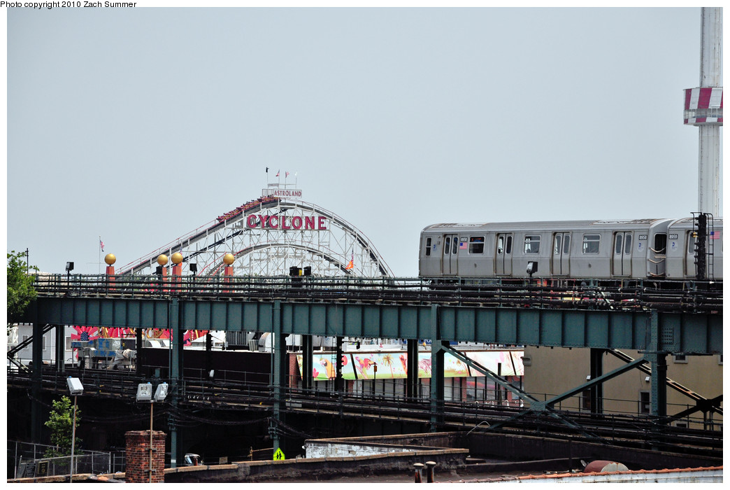 (224k, 1044x700)<br><b>Country:</b> United States<br><b>City:</b> New York<br><b>System:</b> New York City Transit<br><b>Location:</b> Coney Island/Stillwell Avenue<br><b>Route:</b> Q<br><b>Car:</b> R-160B (Kawasaki, 2005-2008)  8958 <br><b>Photo by:</b> Zach Summer<br><b>Date:</b> 6/27/2010<br><b>Viewed (this week/total):</b> 1 / 1288