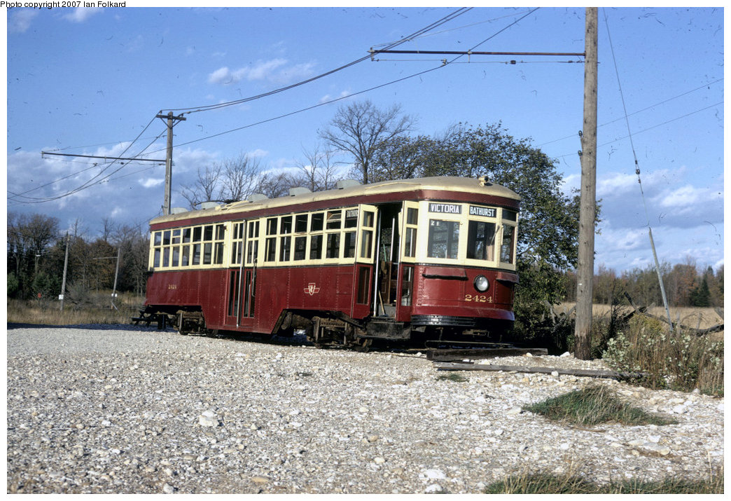 (276k, 1044x715)<br><b>Country:</b> Canada<br><b>City:</b> Toronto<br><b>System:</b> Halton County Radial Railway <br><b>Car:</b> TTC Witt 2424 <br><b>Photo by:</b> Ian Folkard<br><b>Date:</b> 2/1974<br><b>Notes:</b> Large TCC Peter Witt streetcar at the west end of the property, before the construction of the loops and the carbarns.<br><b>Viewed (this week/total):</b> 1 / 879
