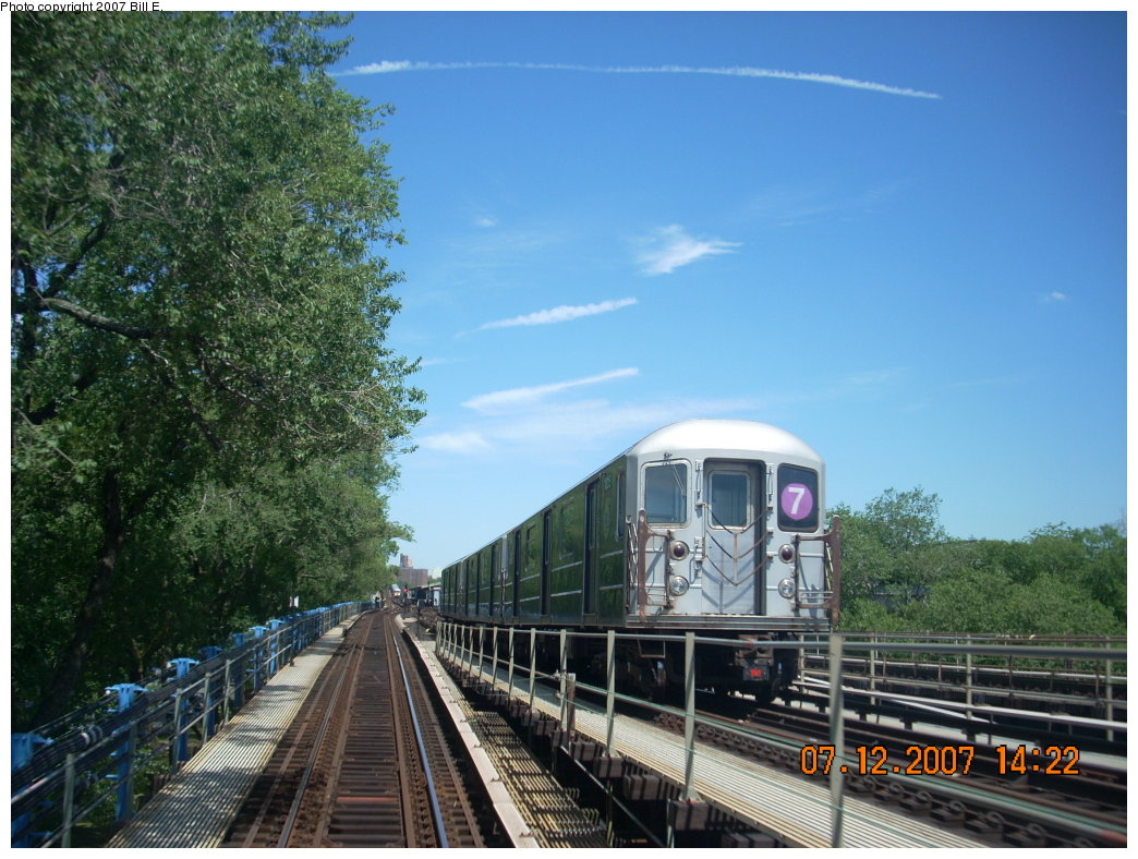 (223k, 1044x788)<br><b>Country:</b> United States<br><b>City:</b> New York<br><b>System:</b> New York City Transit<br><b>Line:</b> IRT Flushing Line<br><b>Location:</b> Willets Point/Mets (fmr. Shea Stadium) <br><b>Route:</b> 7<br><b>Car:</b> R-62A (Bombardier, 1984-1987)   <br><b>Photo by:</b> Bill E.<br><b>Date:</b> 7/12/2007<br><b>Viewed (this week/total):</b> 0 / 1369