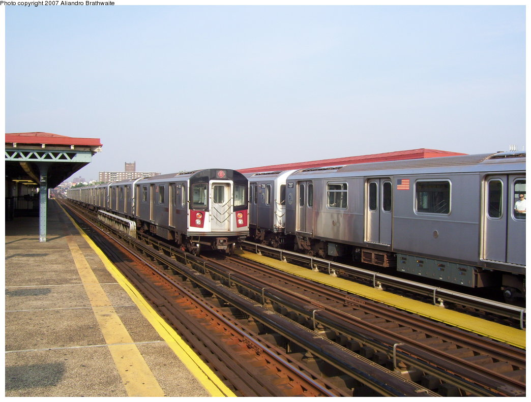 (181k, 1044x791)<br><b>Country:</b> United States<br><b>City:</b> New York<br><b>System:</b> New York City Transit<br><b>Line:</b> IRT Pelham Line<br><b>Location:</b> St. Lawrence Avenue <br><b>Route:</b> 6<br><b>Car:</b> R-142A (Primary Order, Kawasaki, 1999-2002)  7217 <br><b>Photo by:</b> Aliandro Brathwaite<br><b>Date:</b> 7/9/2007<br><b>Viewed (this week/total):</b> 0 / 2091