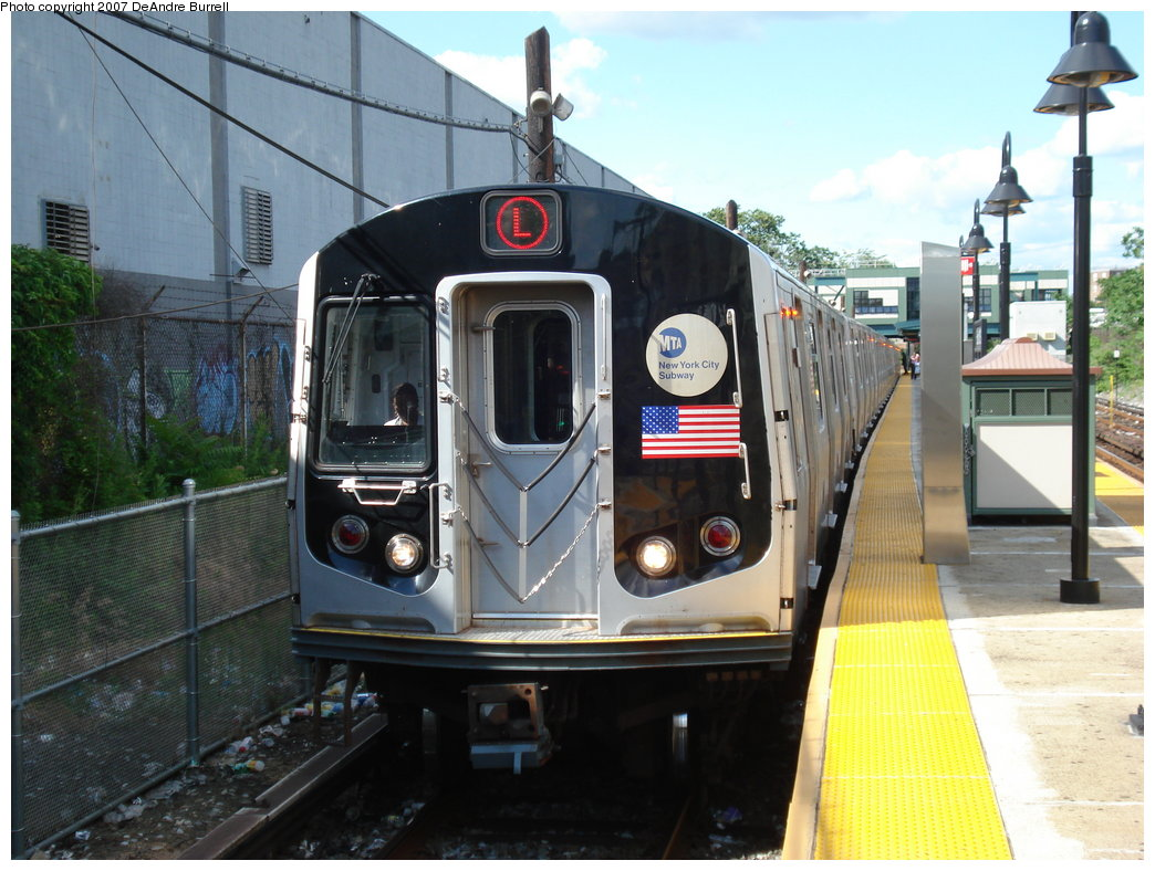 (192k, 1044x788)<br><b>Country:</b> United States<br><b>City:</b> New York<br><b>System:</b> New York City Transit<br><b>Line:</b> BMT Canarsie Line<br><b>Location:</b> East 105th Street <br><b>Route:</b> L<br><b>Car:</b> R-143 (Kawasaki, 2001-2002)  <br><b>Photo by:</b> DeAndre Burrell<br><b>Date:</b> 6/23/2007<br><b>Viewed (this week/total):</b> 1 / 1671