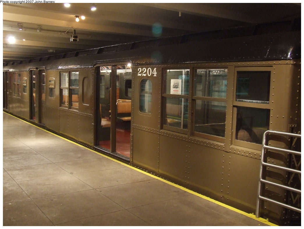 (151k, 1044x788)<br><b>Country:</b> United States<br><b>City:</b> New York<br><b>System:</b> New York City Transit<br><b>Location:</b> New York Transit Museum<br><b>Car:</b> BMT A/B-Type Standard 2204 <br><b>Photo by:</b> John Barnes<br><b>Date:</b> 7/19/2007<br><b>Viewed (this week/total):</b> 1 / 1866