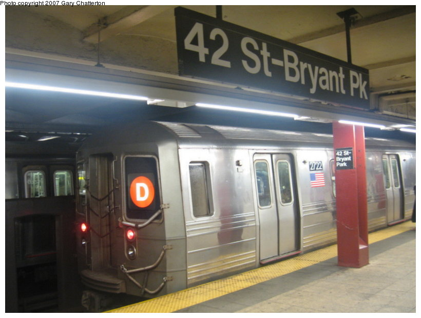 (89k, 820x620)<br><b>Country:</b> United States<br><b>City:</b> New York<br><b>System:</b> New York City Transit<br><b>Line:</b> IND 6th Avenue Line<br><b>Location:</b> 42nd Street/Bryant Park <br><b>Route:</b> D<br><b>Car:</b> R-68 (Westinghouse-Amrail, 1986-1988)  2722 <br><b>Photo by:</b> Gary Chatterton<br><b>Date:</b> 7/13/2007<br><b>Viewed (this week/total):</b> 4 / 2425