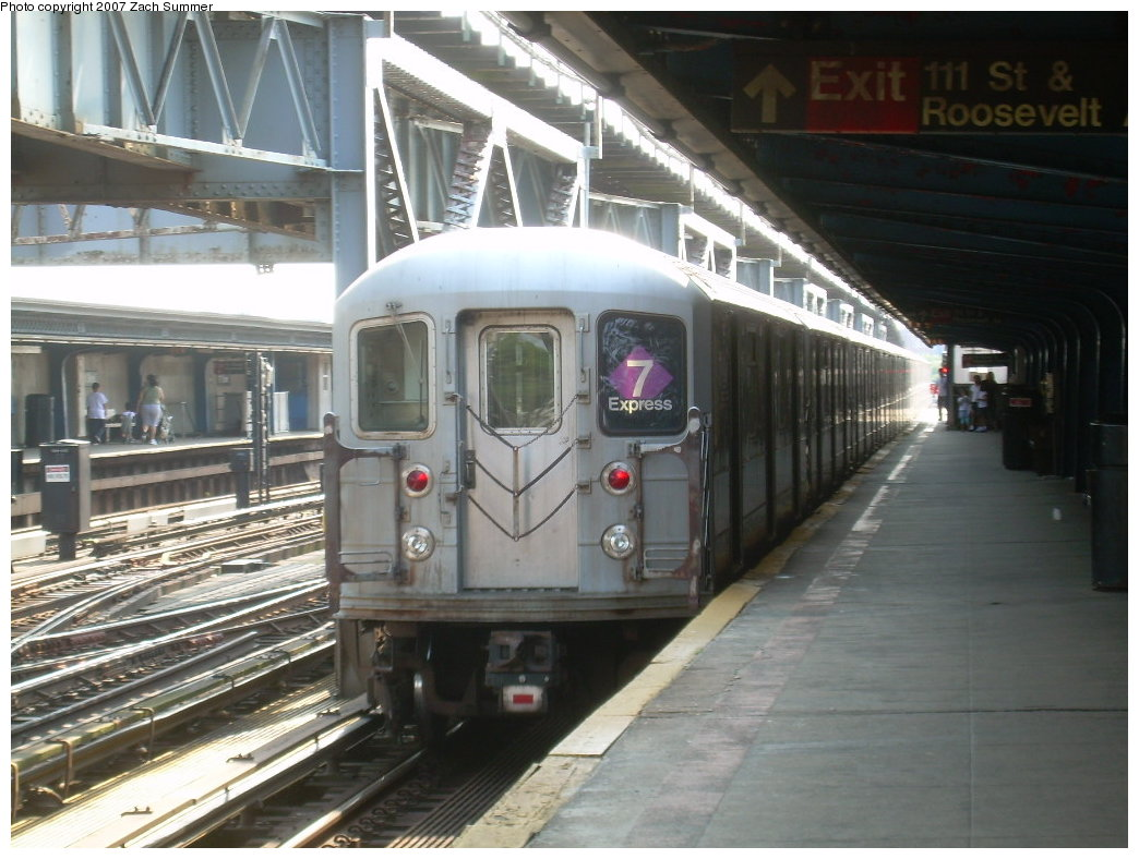 (201k, 1044x788)<br><b>Country:</b> United States<br><b>City:</b> New York<br><b>System:</b> New York City Transit<br><b>Line:</b> IRT Flushing Line<br><b>Location:</b> 111th Street <br><b>Route:</b> 7<br><b>Car:</b> R-62A (Bombardier, 1984-1987)   <br><b>Photo by:</b> Zach Summer<br><b>Date:</b> 6/18/2007<br><b>Viewed (this week/total):</b> 2 / 1721