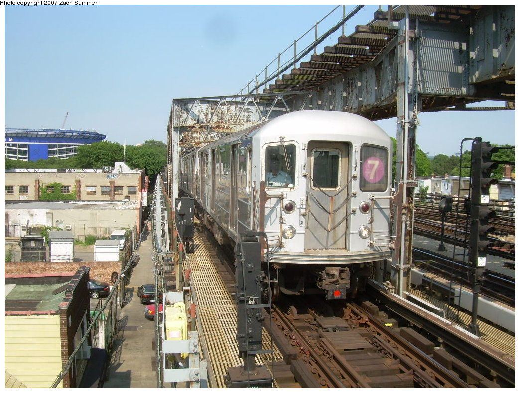 (265k, 1044x788)<br><b>Country:</b> United States<br><b>City:</b> New York<br><b>System:</b> New York City Transit<br><b>Line:</b> IRT Flushing Line<br><b>Location:</b> 111th Street <br><b>Route:</b> 7<br><b>Car:</b> R-62A (Bombardier, 1984-1987)   <br><b>Photo by:</b> Zach Summer<br><b>Date:</b> 6/18/2007<br><b>Viewed (this week/total):</b> 0 / 1986