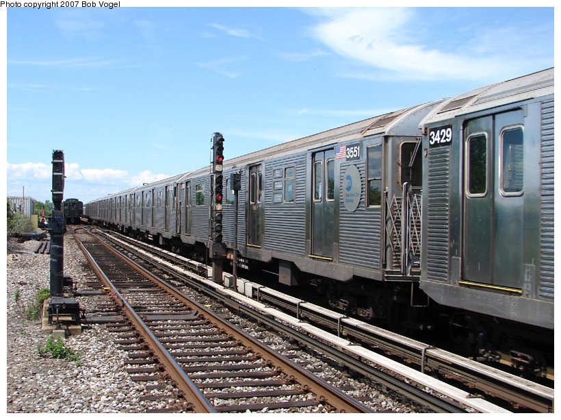 (132k, 820x613)<br><b>Country:</b> United States<br><b>City:</b> New York<br><b>System:</b> New York City Transit<br><b>Line:</b> IND Rockaway<br><b>Location:</b> Broad Channel <br><b>Route:</b> A<br><b>Car:</b> R-32 (Budd, 1964)  3551 <br><b>Photo by:</b> Bob Vogel<br><b>Date:</b> 7/22/2007<br><b>Viewed (this week/total):</b> 0 / 1554