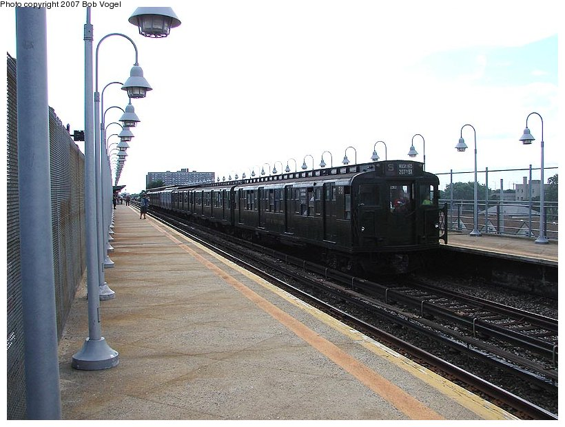 (115k, 820x620)<br><b>Country:</b> United States<br><b>City:</b> New York<br><b>System:</b> New York City Transit<br><b>Line:</b> IND Rockaway<br><b>Location:</b> Beach 90th Street/Holland <br><b>Route:</b> Fan Trip<br><b>Car:</b> R-1 (American Car & Foundry, 1930-1931) 381 <br><b>Photo by:</b> Bob Vogel<br><b>Date:</b> 7/22/2007<br><b>Viewed (this week/total):</b> 9 / 1675