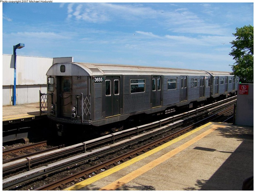 (214k, 1044x788)<br><b>Country:</b> United States<br><b>City:</b> New York<br><b>System:</b> New York City Transit<br><b>Line:</b> IND Rockaway<br><b>Location:</b> Broad Channel <br><b>Route:</b> A<br><b>Car:</b> R-32 (Budd, 1964)  3655 <br><b>Photo by:</b> Michael Hodurski<br><b>Date:</b> 7/22/2007<br><b>Viewed (this week/total):</b> 2 / 1494