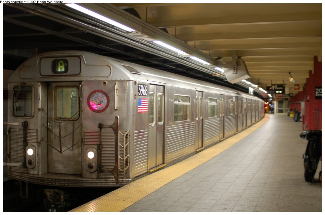 (185k, 1044x689)<br><b>Country:</b> United States<br><b>City:</b> New York<br><b>System:</b> New York City Transit<br><b>Line:</b> IND 8th Avenue Line<br><b>Location:</b> 207th Street <br><b>Route:</b> A<br><b>Car:</b> R-38 (St. Louis, 1966-1967)  3968 <br><b>Photo by:</b> Brian Weinberg<br><b>Date:</b> 7/24/2007<br><b>Viewed (this week/total):</b> 5 / 1517