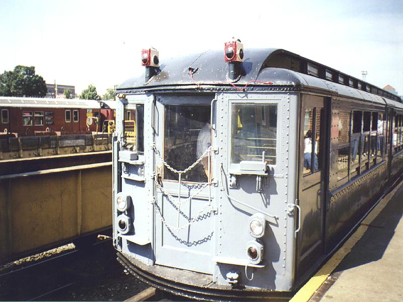 (90k, 800x600)<br><b>Country:</b> United States<br><b>City:</b> New York<br><b>System:</b> New York City Transit<br><b>Location:</b> Westchester Yard<br><b>Car:</b> Low-V (Museum Train) 5443 <br><b>Photo by:</b> Constantine Steffan<br><b>Date:</b> 9/12/1998<br><b>Viewed (this week/total):</b> 0 / 2124