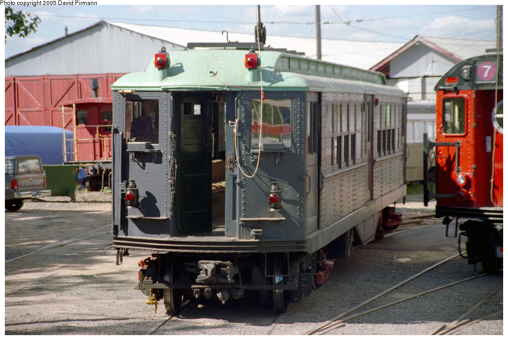 (210k, 1044x698)<br><b>Country:</b> United States<br><b>City:</b> East Haven/Branford, Ct.<br><b>System:</b> Shore Line Trolley Museum <br><b>Car:</b> Low-V (Museum Train) 5466 <br><b>Photo by:</b> David Pirmann<br><b>Date:</b> 10/5/1996<br><b>Viewed (this week/total):</b> 2 / 4513
