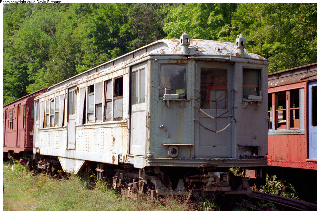 (290k, 1044x697)<br><b>Country:</b> United States<br><b>City:</b> Kingston, NY<br><b>System:</b> Trolley Museum of New York <br><b>Car:</b> Low-V 5600 <br><b>Photo by:</b> David Pirmann<br><b>Date:</b> 8/1996<br><b>Viewed (this week/total):</b> 1 / 6170