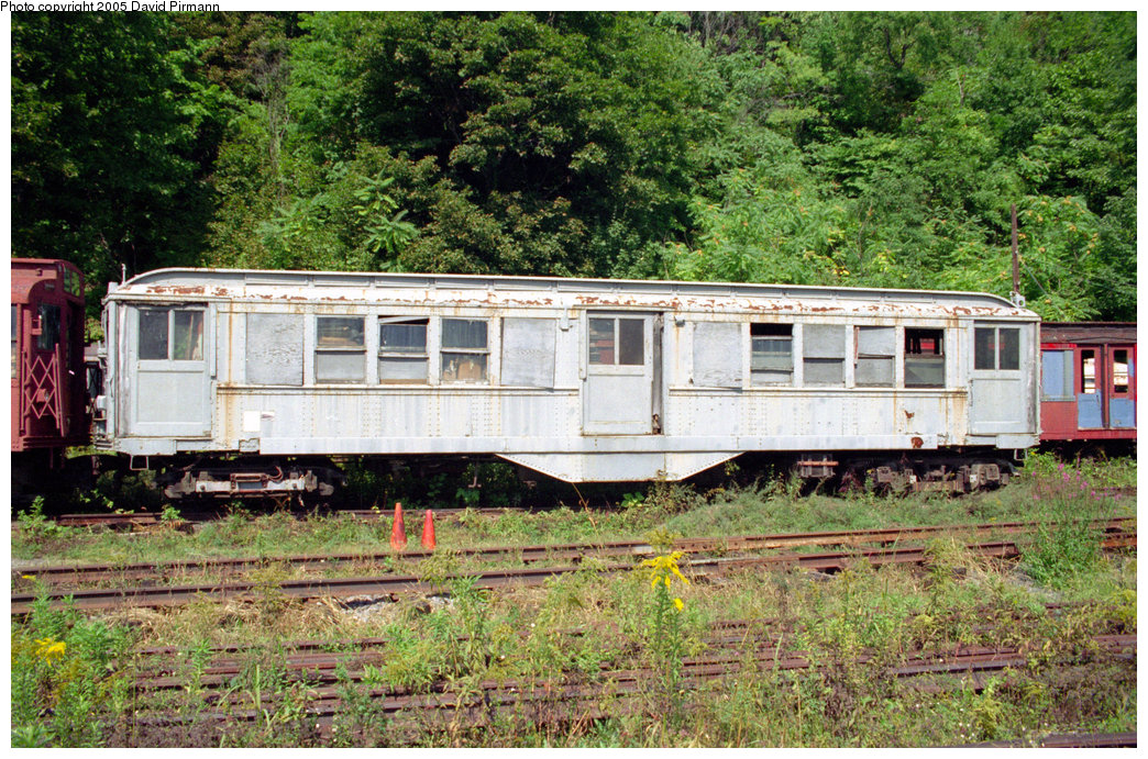 (344k, 1044x691)<br><b>Country:</b> United States<br><b>City:</b> Kingston, NY<br><b>System:</b> Trolley Museum of New York <br><b>Car:</b> Low-V 5600 <br><b>Photo by:</b> David Pirmann<br><b>Date:</b> 8/1996<br><b>Viewed (this week/total):</b> 4 / 4707