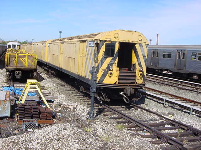 (60k, 640x480)<br><b>Country:</b> United States<br><b>City:</b> New York<br><b>System:</b> New York City Transit<br><b>Location:</b> Coney Island Yard<br><b>Car:</b> R-123 Continuous Welded Rail Handler (R17/R21/R22 Rebuilds) CCR08 <br><b>Photo by:</b> Salaam Allah<br><b>Date:</b> 10/29/2000<br><b>Viewed (this week/total):</b> 2 / 3534