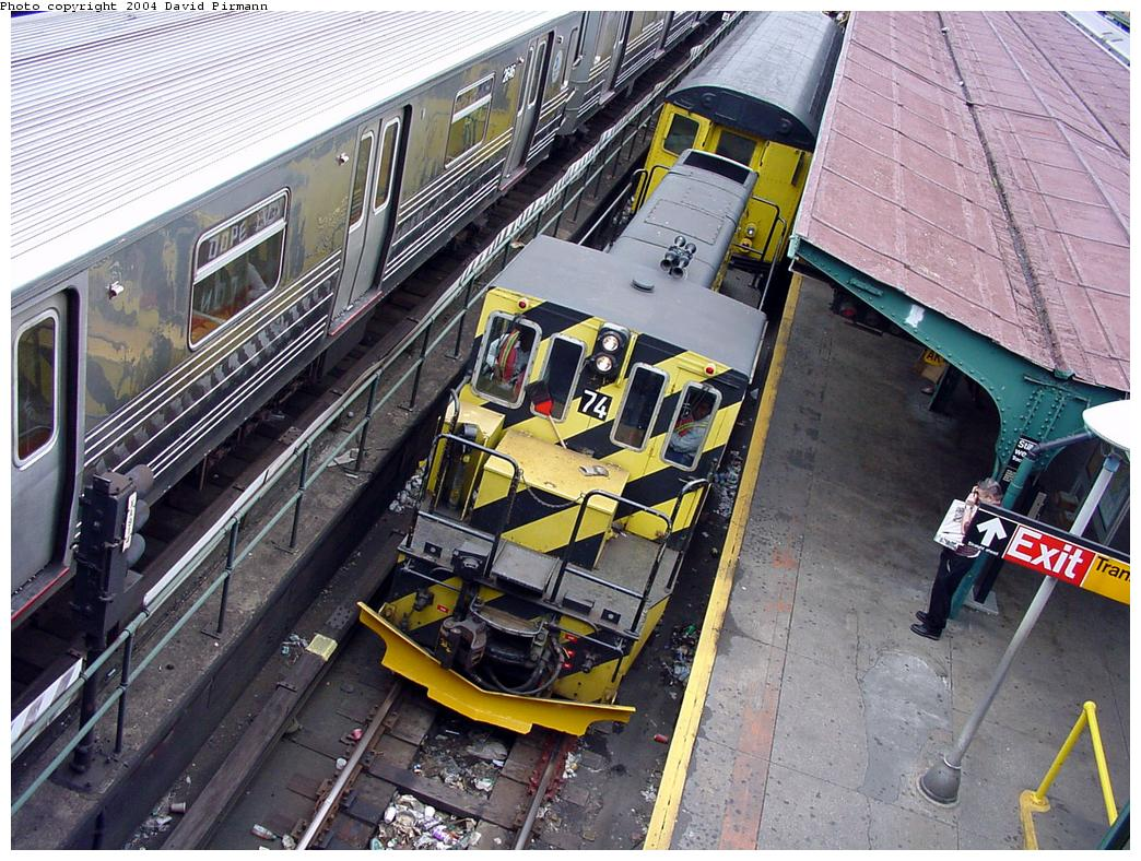(192k, 1044x788)<br><b>Country:</b> United States<br><b>City:</b> New York<br><b>System:</b> New York City Transit<br><b>Location:</b> Coney Island/Stillwell Avenue<br><b>Car:</b> R-52 Locomotive  74 <br><b>Photo by:</b> David Pirmann<br><b>Date:</b> 6/18/2000<br><b>Viewed (this week/total):</b> 8 / 3782