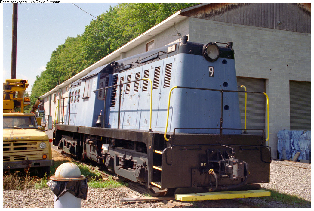 (247k, 1044x701)<br><b>Country:</b> United States<br><b>City:</b> Kingston, NY<br><b>System:</b> Trolley Museum of New York <br><b>Car:</b> Whitcomb Locomotive 9 <br><b>Photo by:</b> David Pirmann<br><b>Date:</b> 8/1996<br><b>Viewed (this week/total):</b> 0 / 4963