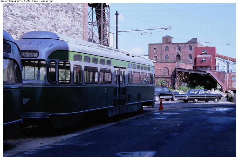 (86k, 781x522)<br><b>Country:</b> United States<br><b>City:</b> New York<br><b>System:</b> Brooklyn Trolley Museum <br><b>Photo by:</b> Paul Polischuk<br><b>Date:</b> 1998<br><b>Notes:</b> Sideview of PCC under restoration<br><b>Viewed (this week/total):</b> 4 / 3513