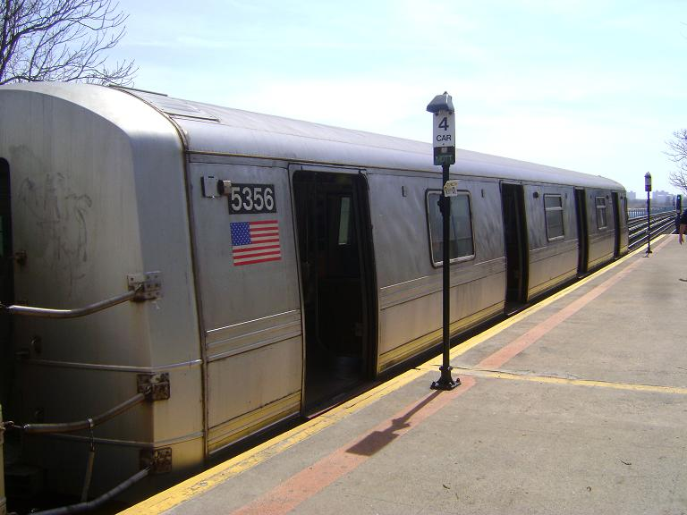 (79k, 768x576)<br><b>Country:</b> United States<br><b>City:</b> New York<br><b>System:</b> New York City Transit<br><b>Line:</b> IND Rockaway<br><b>Location:</b> Broad Channel <br><b>Route:</b> A<br><b>Car:</b> R-44 (St. Louis, 1971-73) 5356 <br><b>Photo by:</b> John Dooley<br><b>Date:</b> 4/8/2010<br><b>Viewed (this week/total):</b> 3 / 913