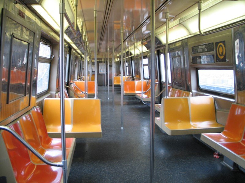 (103k, 800x600)<br><b>Country:</b> United States<br><b>City:</b> New York<br><b>System:</b> New York City Transit<br><b>Route:</b> Q<br><b>Car:</b> R-68 (Westinghouse-Amrail, 1986-1988)  2862 <br><b>Photo by:</b> Neil Feldman<br><b>Date:</b> 3/25/2005<br><b>Viewed (this week/total):</b> 0 / 2432