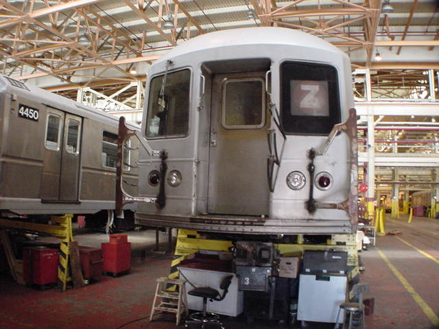 (59k, 640x480)<br><b>Country:</b> United States<br><b>City:</b> New York<br><b>System:</b> New York City Transit<br><b>Location:</b> Coney Island Shop/Overhaul & Repair Shop<br><b>Route:</b> Z<br><b>Car:</b> R-40M (St. Louis, 1969)   <br><b>Photo by:</b> Salaam Allah<br><b>Date:</b> 10/29/2000<br><b>Viewed (this week/total):</b> 0 / 2775