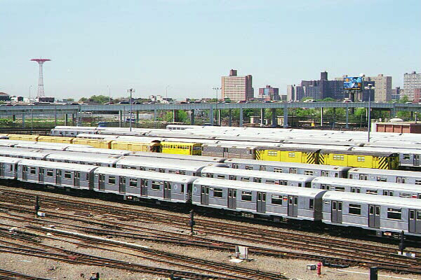 (136k, 600x400)<br><b>Country:</b> United States<br><b>City:</b> New York<br><b>System:</b> New York City Transit<br><b>Location:</b> Coney Island Yard<br><b>Car:</b> R-40M (St. Louis, 1969)   <br><b>Photo by:</b> Sidney Keyles<br><b>Date:</b> 5/22/1999<br><b>Notes:</b> View of yard<br><b>Viewed (this week/total):</b> 0 / 3276