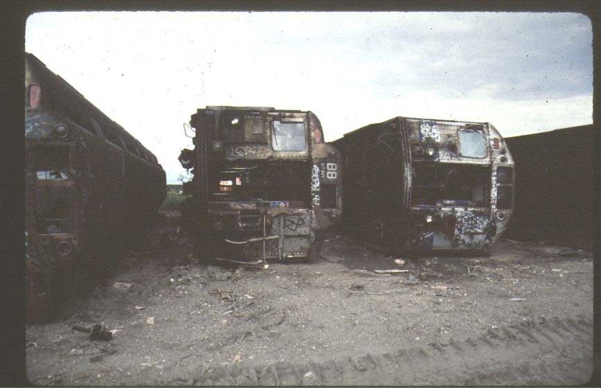 (60k, 867x561)<br><b>Country:</b> United States<br><b>City:</b> New York<br><b>System:</b> New York City Transit<br><b>Location:</b> Scrapyard<br><b>Photo by:</b> Harold<br><b>Notes:</b> Naporano scrap yard<br><b>Viewed (this week/total):</b> 6 / 5588